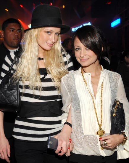 dark-haired-Nicole-stuck-close-her-pal-Paris-Hilton-during-LA