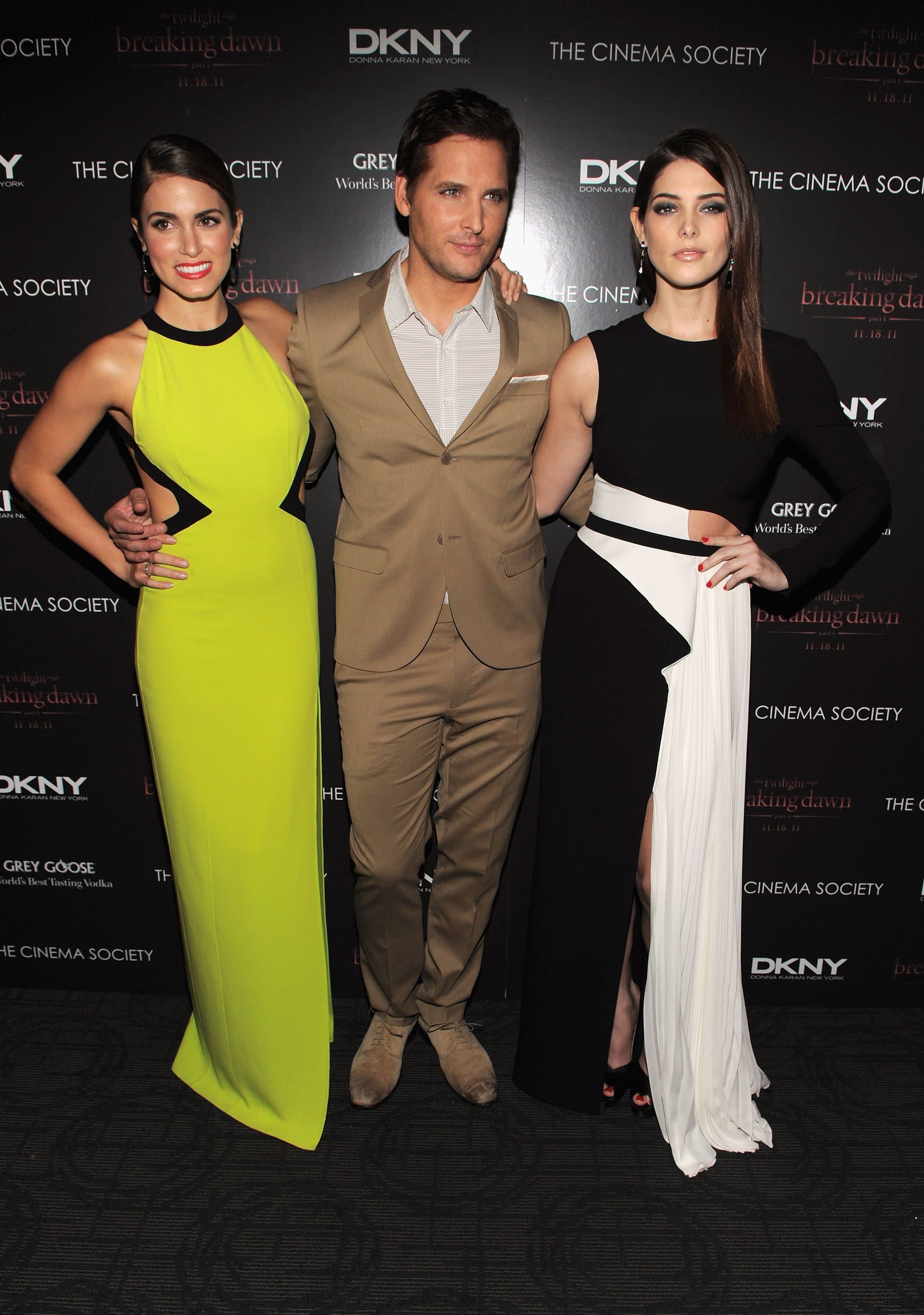 Peter Facinelli posed between Nikki Reed and Ashley Greene at a screening of Breaking Dawn.