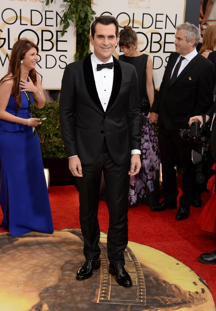 Modern Family's Ty Burrell kept things dapper in a tuxedo and bow tie.