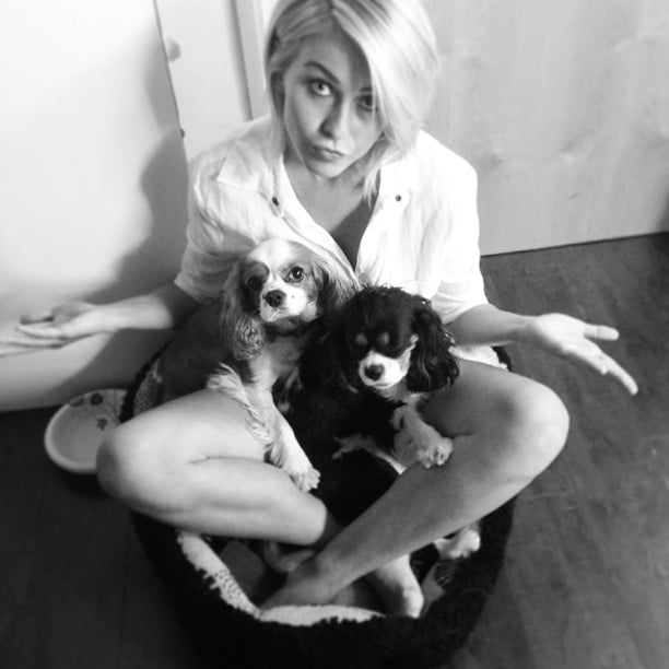 Julianne Hough posted this sweet black-and-white snap of herself with her two precious pups. Source: Instagram user juleshough