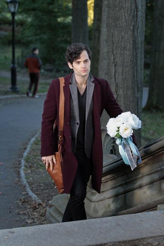 Dan carries the bride's bouquet.