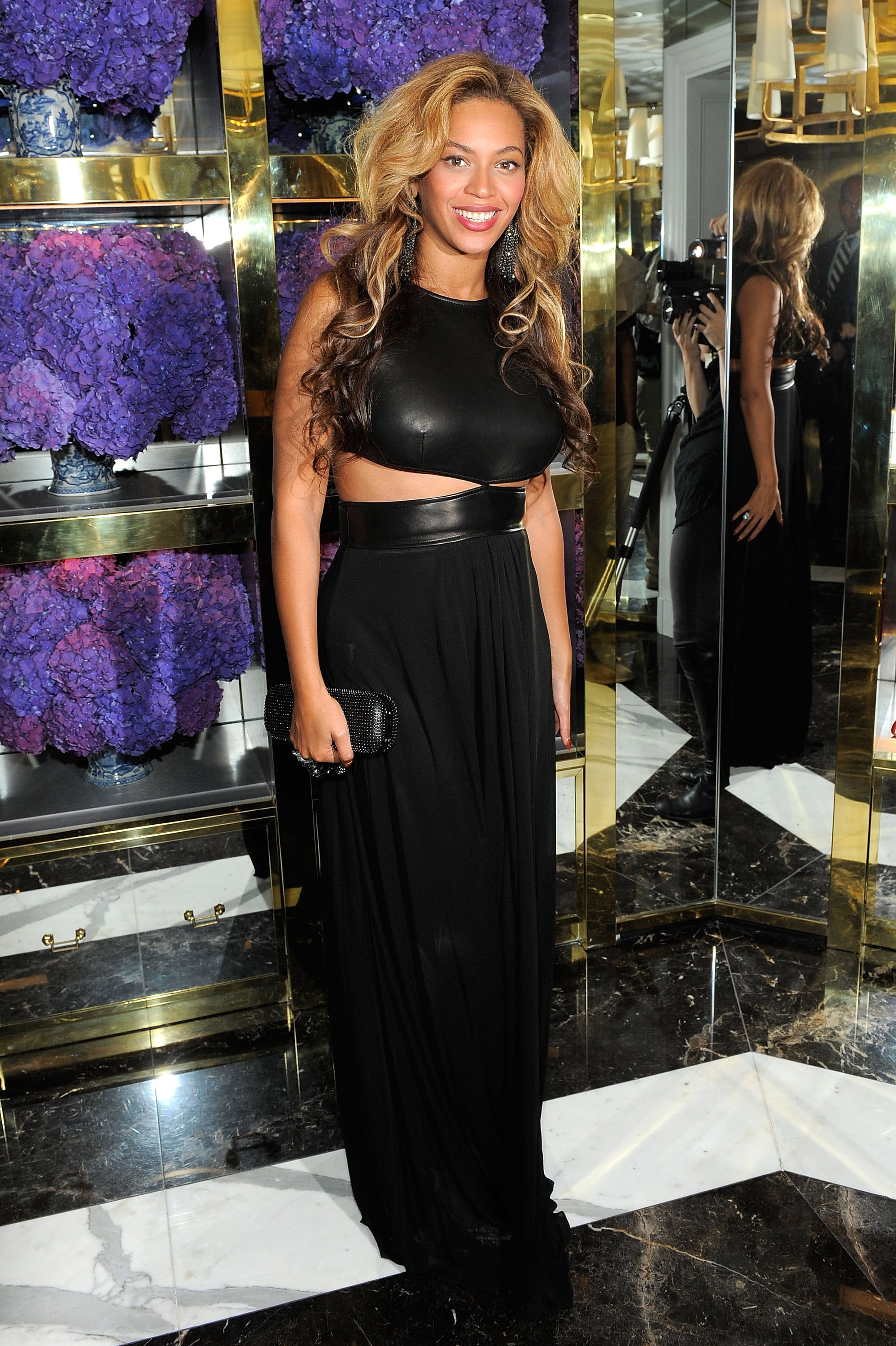 Beyoncé Knowles at Tory Burch flagship store.