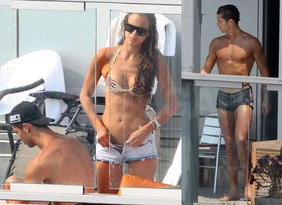 Pictures of Cristiano Ronaldo Shirtless With Girlfriend