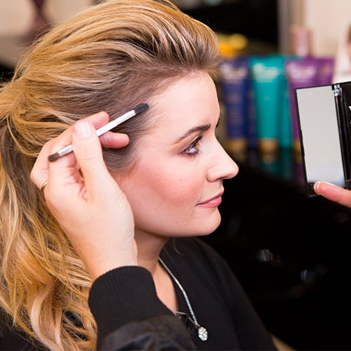 Grab Your Eye Shadow — It's the Key to the Perfect Ponytail