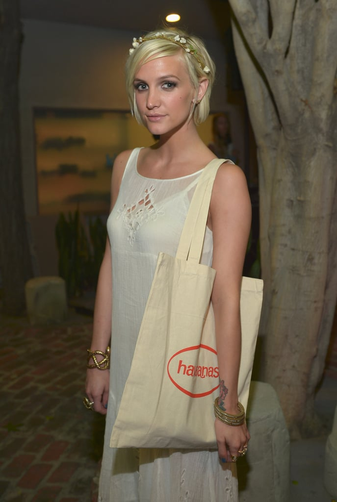 Ashlee Simpson snagged a gift bag at the party.