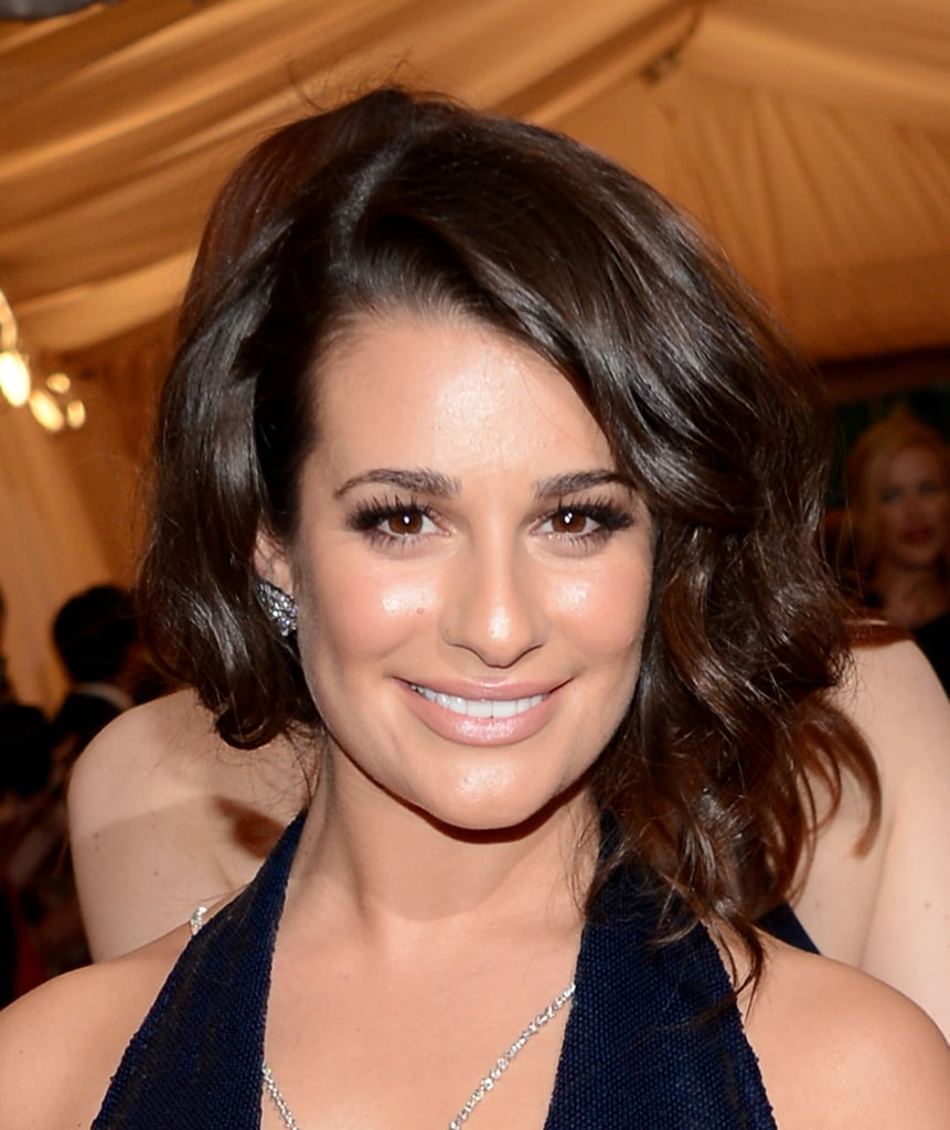 Lea Michele put a sexy spin on the faux bob with big waves and plenty of volume when she attended the 2012 Met Gala. To get this look, start with big rollers, and be careful where you place your parting. Diagonal and very far back will give you the sexy asymmetrical look.