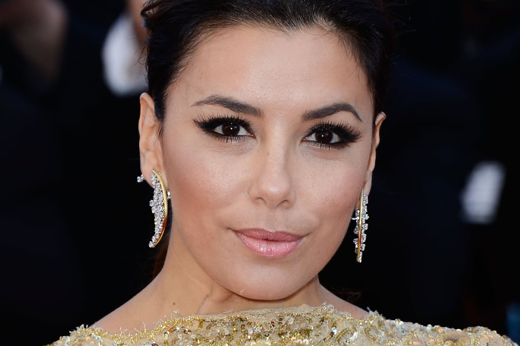 Eva Longoria wore a statement-making pair of Damiani earrings.