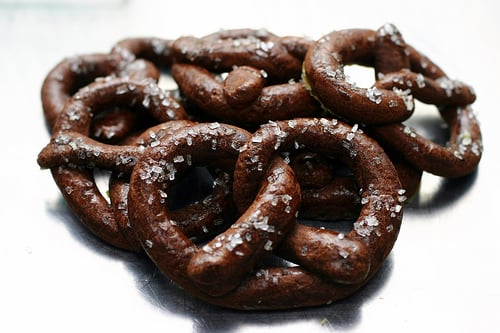 Yummy Link: Chocolate-Pretzel Cookies