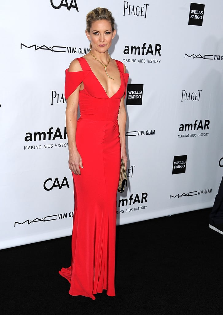 Kate Hudson posed for photos at the gala in LA.