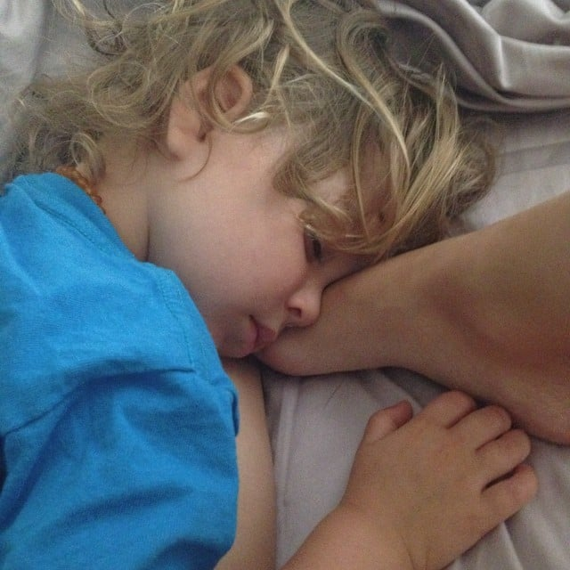 Arthur Bleick snuggled with mom Selma Blair's foot. Source: Instagram user therealselmablair