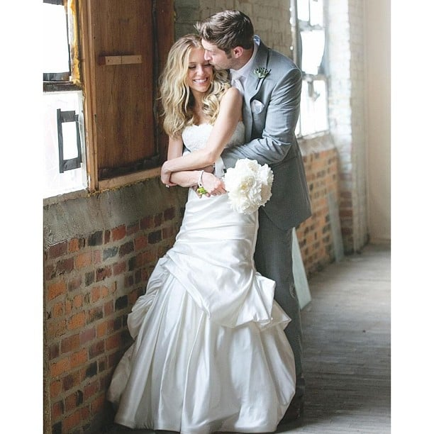 Kristin Cavallari shared her official wedding portrait with husband Jay Cutler.  Source: Instagram user kristincavofficial