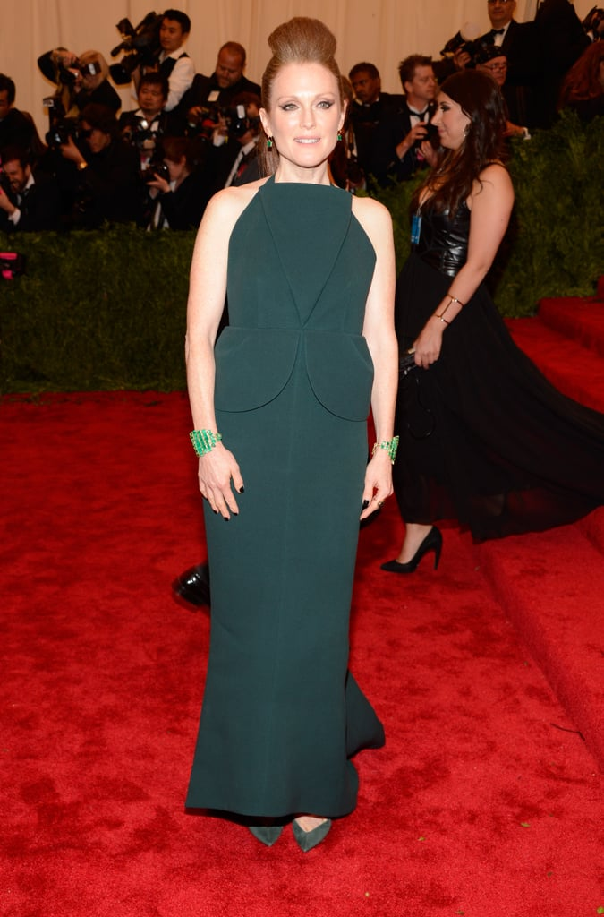 Julianne Moore stuck to her signature color in a green Balenciaga by Alexander Wang peplum gown and Irene Neuwirth emeralds.