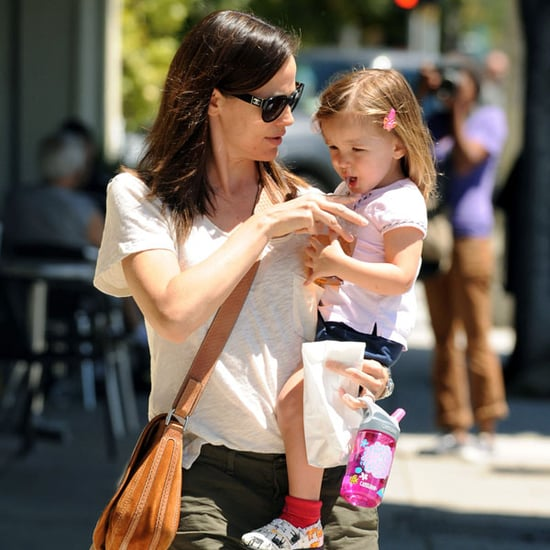 Pictures of Jennifer Garner With Seraphina 2011-05-03 15:59:05