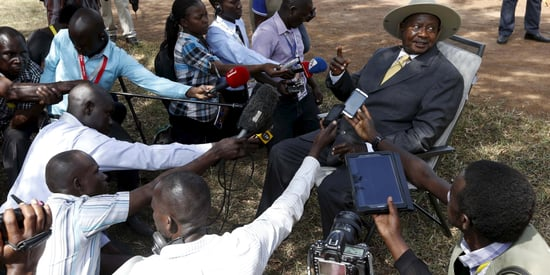 Twitter Goes Crazy After Ugandan President Museveni Takes Mysterious Roadside Call