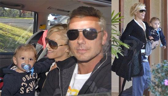 Gwen, Gavin & Kingston Are Blondie Triplets