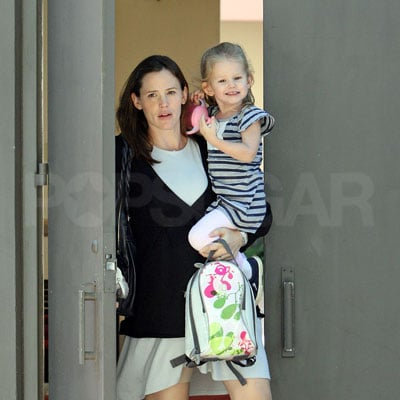 Jennifer Garner and Violet Affleck Head Home from Preschool