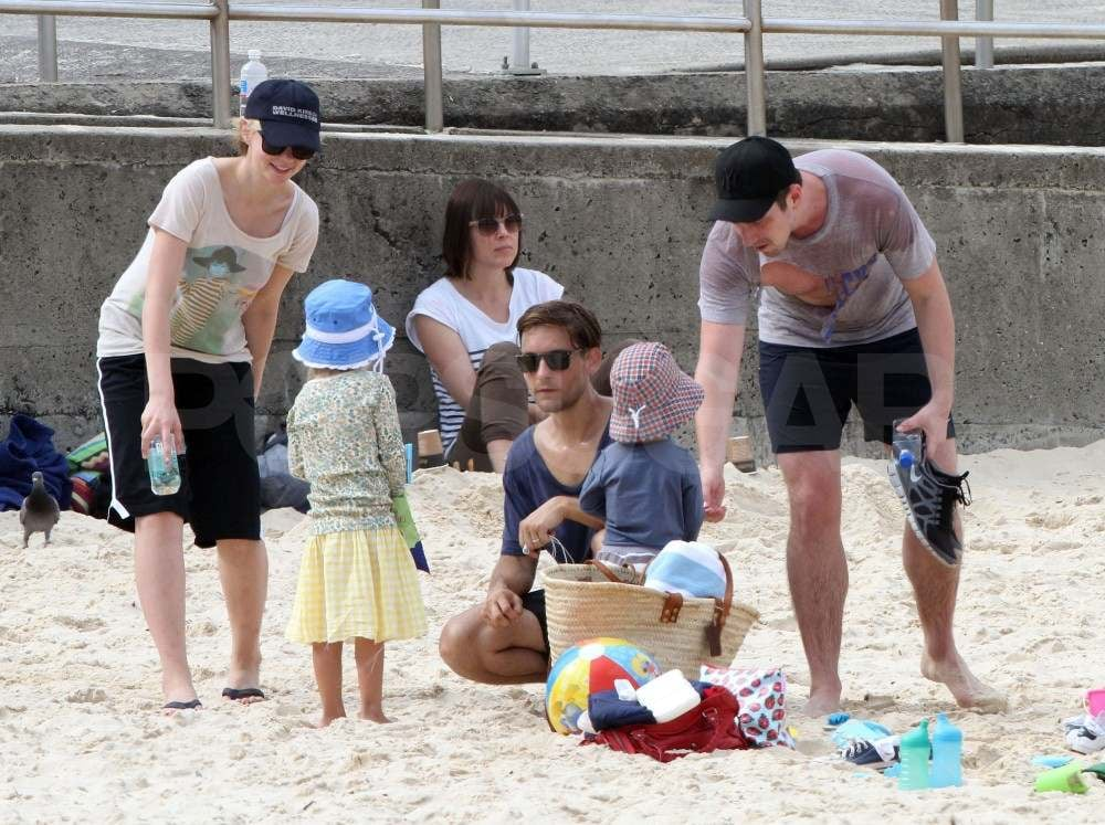Carey Mulligan with Tobey Maguire's kids in Australia.