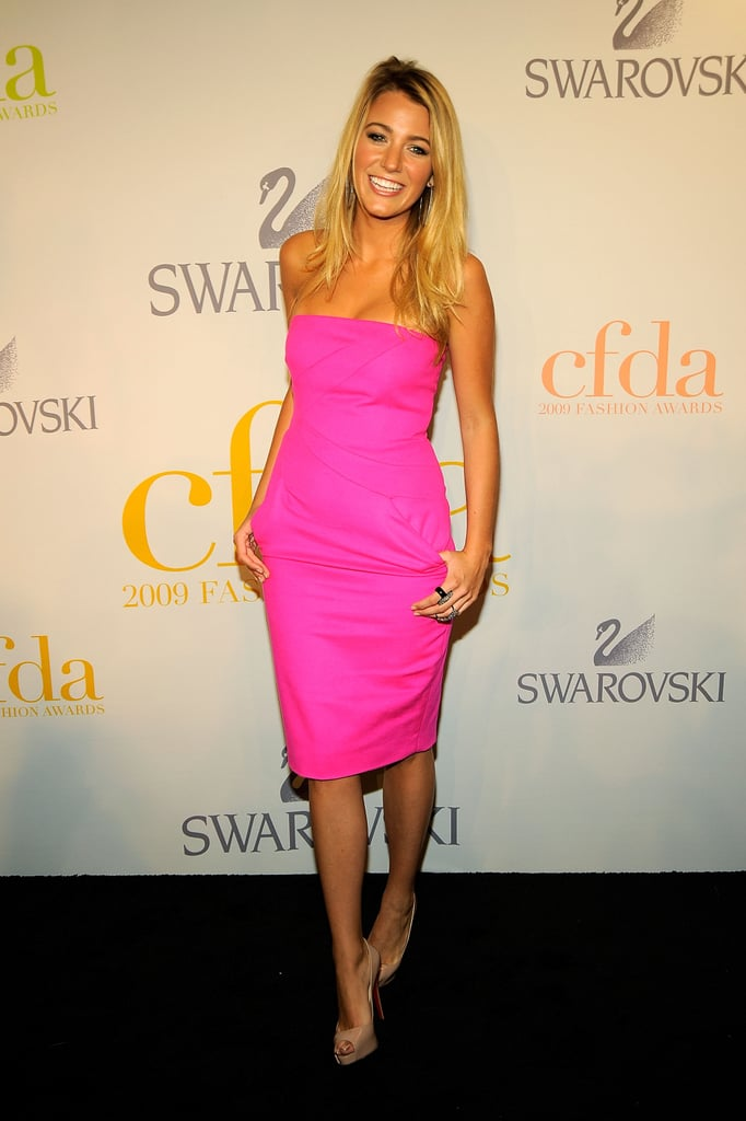 A simple hot-pink strapless Michael Kors number has never looked as glam as it did on Blake Lively back in 2009.