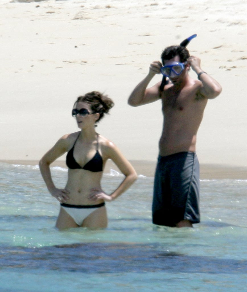 Kate Beckinsale wore a bikini to snorkel with Len Wiseman in Cabo during August 2008.