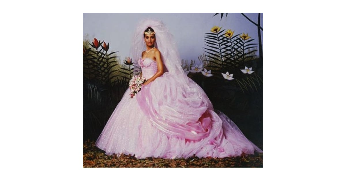 Coming to america the 30 most iconic wedding dresses for Coming to america wedding dress