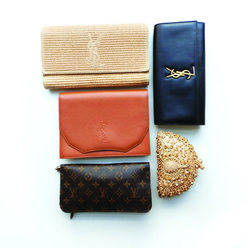 I believe you can't ever have enough clutches. In addition to be super elegant, it never goes out of style. My favourite ones are Yves Saint Laurent, new or vintage.
