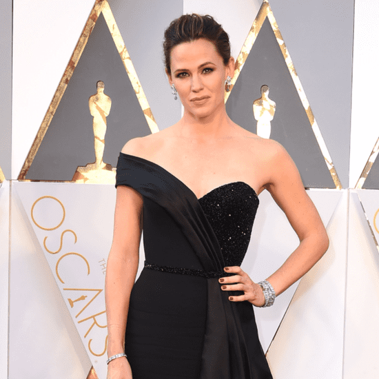Jennifer Garner Talking About Her Oscars 2016 Dress