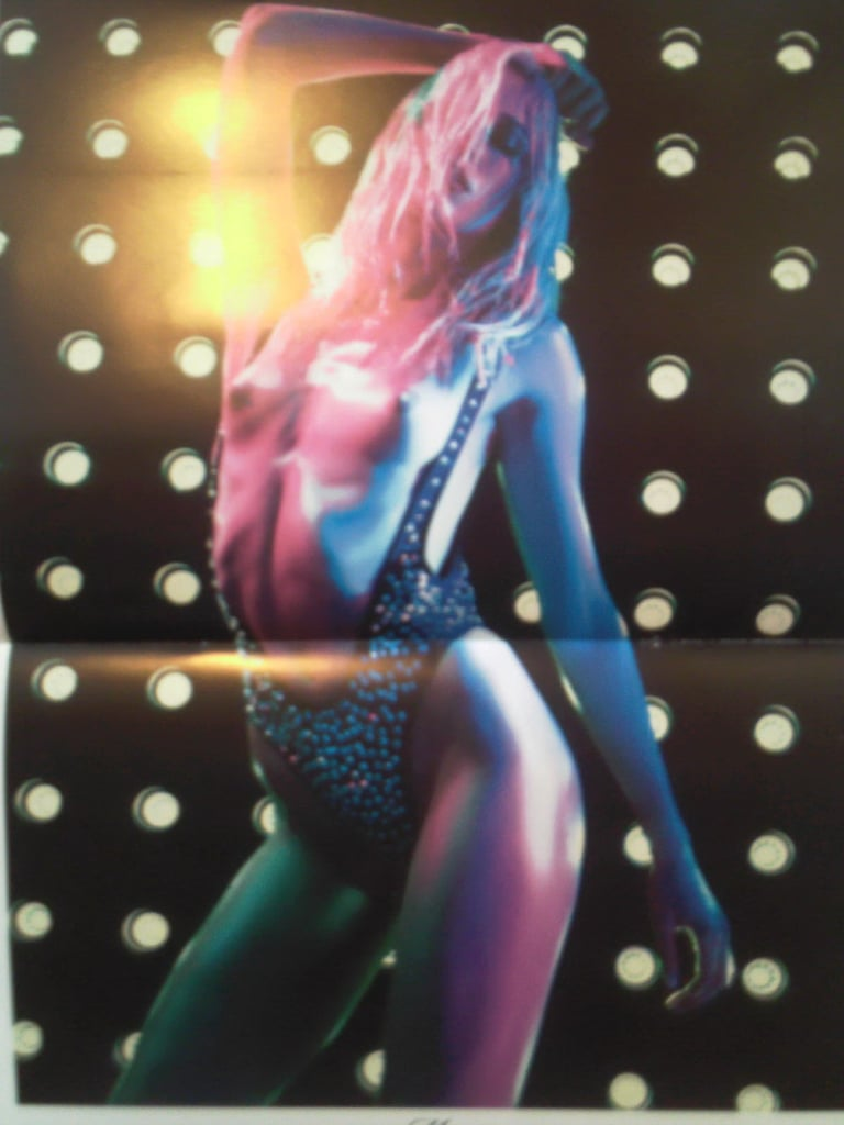 2010 Vogue Paris Calendar Is Out, All Flashing Lights and Trio of Top Models