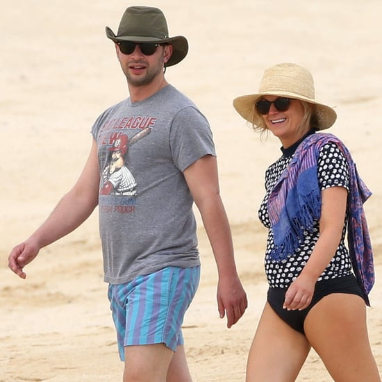Amy Poehler and Nick Kroll's Beach Vacation | Pictures