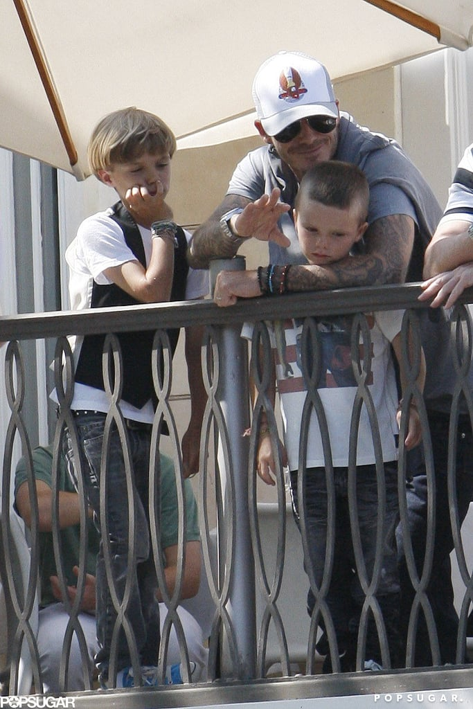 In May 2010, David Beckham put a protective arm around Cruz during a Jonas Brothers concert held at The Grove in LA.