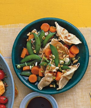 Fast & Easy Dinner: Pot Sticker Salad With Snap Peas