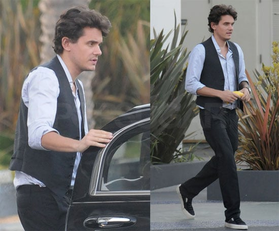 """Photos of John Mayer at Recording Studio, Plans to Remake Michael Jackson's """"Will You Be There"""" With Whitney Houston"""