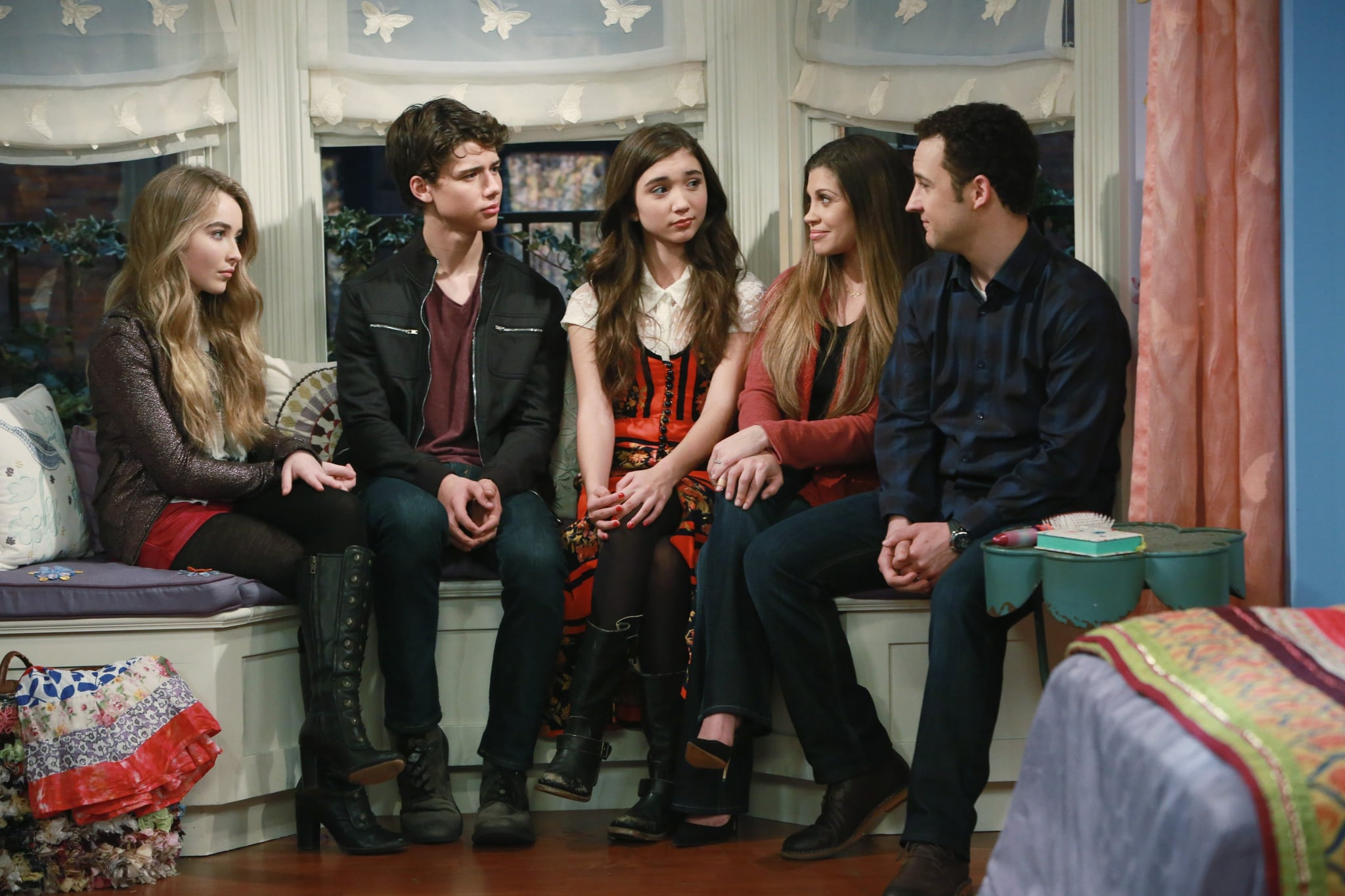 cast of girl meets world zay 'girl meets world' first look: cory and topanga pose in full cast photo.