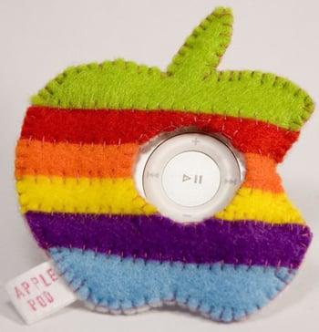 Apple-Shaped iPod Shuffle Cozy: Love It or Leave It?