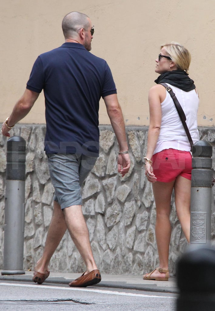 Reese Witherspoon and Jim Toth sight-see.