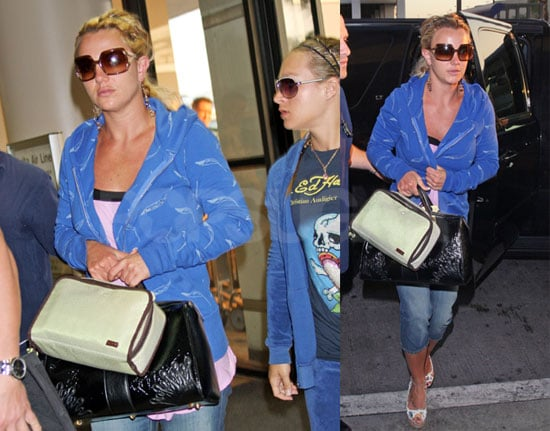 Britney Heads To Mississippi For Jamie Lynn Baby, Sells Home