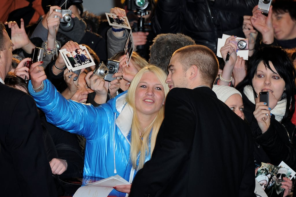 Rob took pictures with fans.