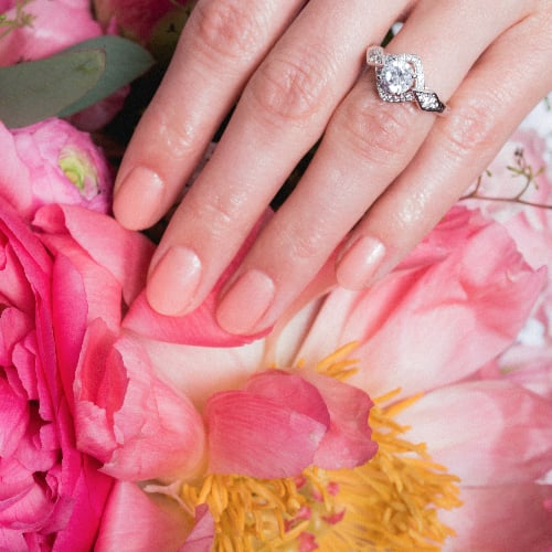 10 Stunning Bridal Nail Colours and Whimsical Bouquet Ideas