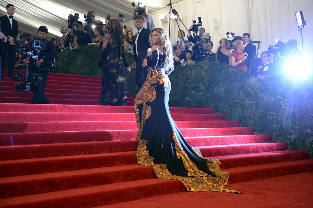 Beyoncé stunned in her Givenchy outfit.