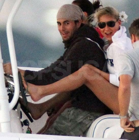 Pictures of Anna Kournikova and Enrique Iglesias Hugging Aboard a Boat in Miami