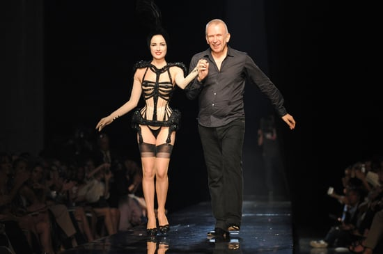 Photos of Dita Von Teese on Jean Paul Gaultier Couture Show Catwalk 2010-07-07 11:24:13