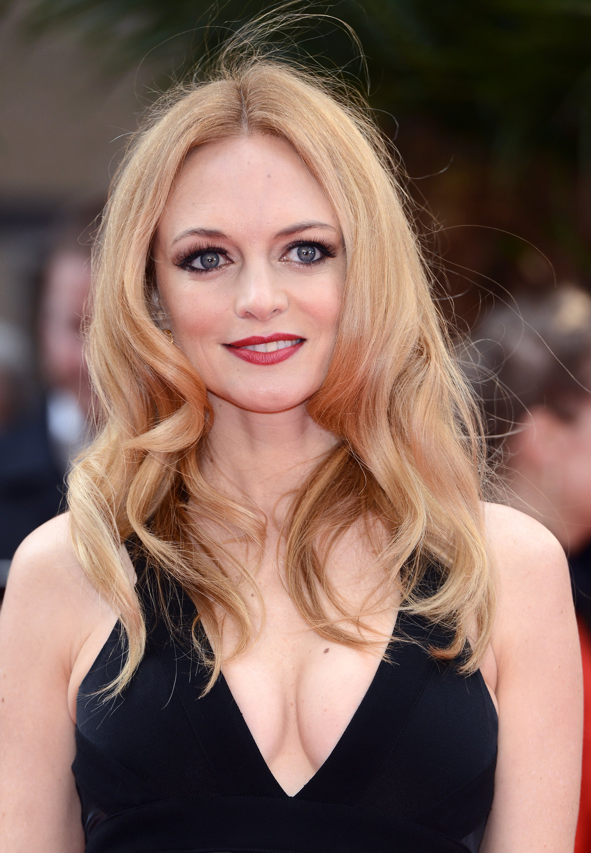 Heather Graham turned up the sex appeal with her beach waves and bedroom eyes.