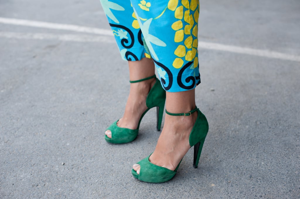 This styler played it bold two ways: printed pants meet colour-washed heels.