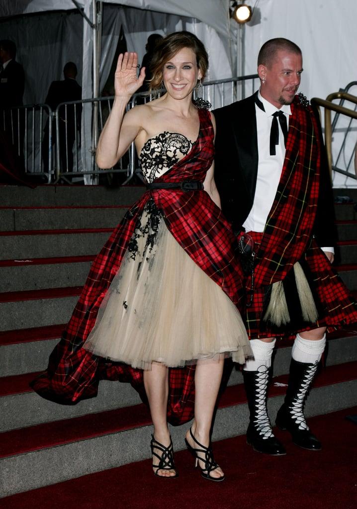 Sarah Jessica Parker and Alexander McQueen —2006