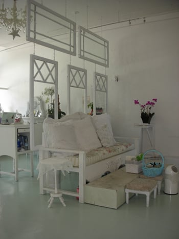 Cool Idea: Old Windows as a Room Divider