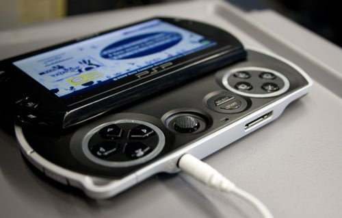 Daily Tech: All the Pros and Cons of the PSPgo