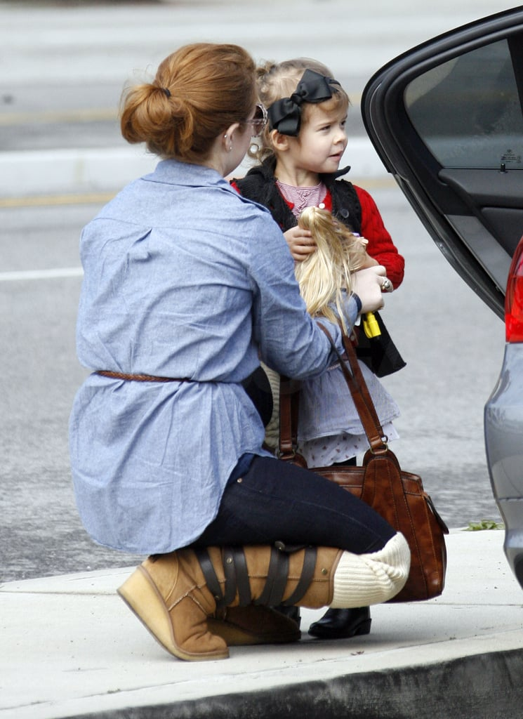 Jessica Alba Shops Around Town With Honor and Cash Warren
