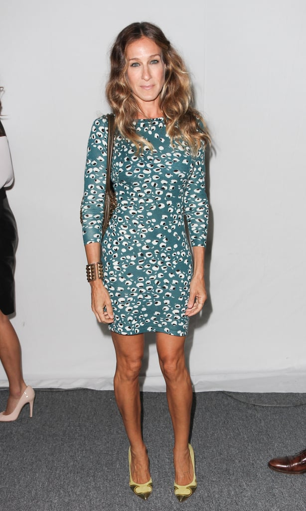 In September 2009, Sarah Jessica Parker debuted a refreshing color combo, teal Diane von Furstenberg minidress and chartreuse Nicholas Kirkwood pumps.