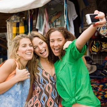 Study Says Facebook Users Have More Close Friends