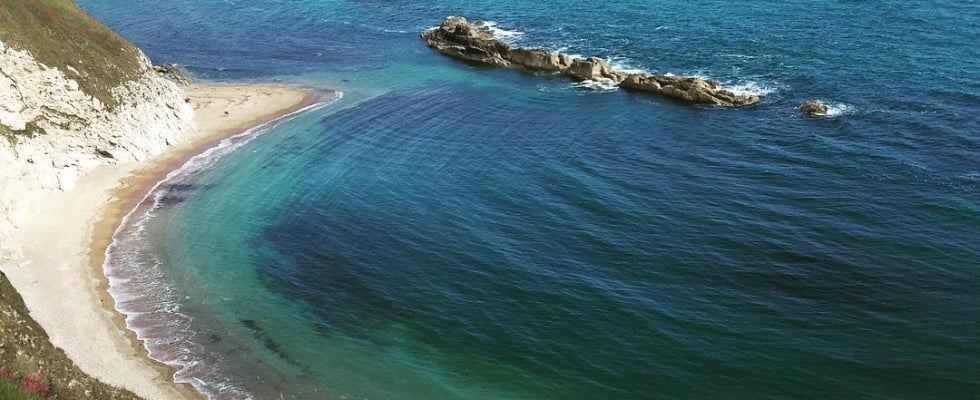 15 Amazing UK Beaches to Visit This Summer