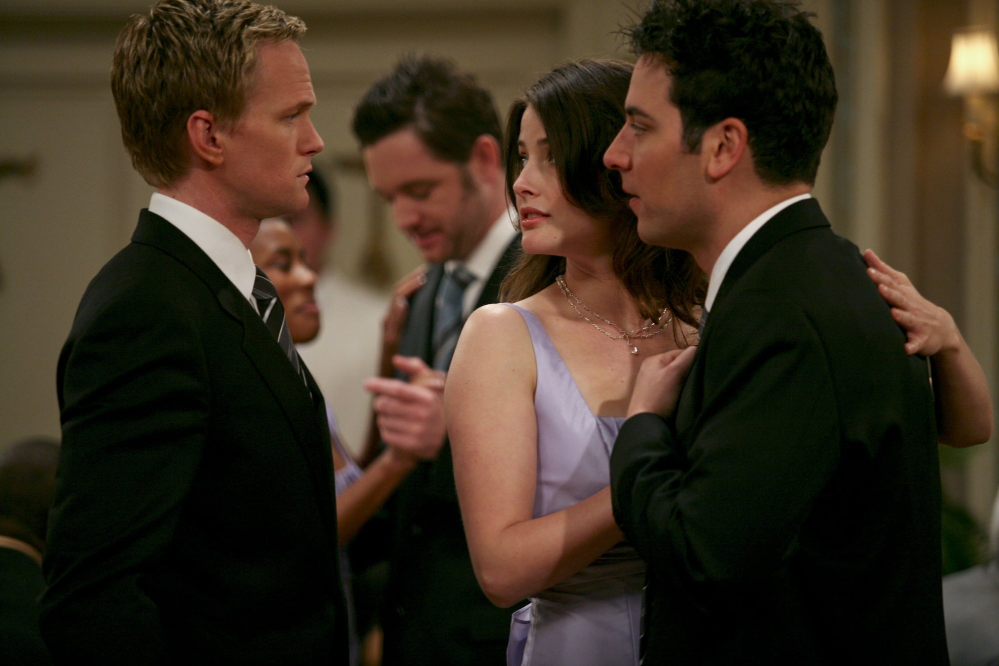 Amid all the romance, Ted and Robin have to admit to Barney that they broke up.